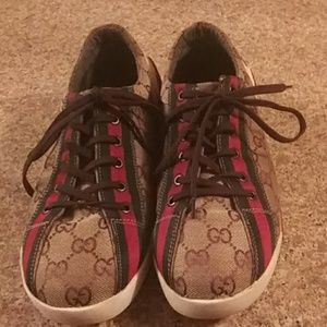AUTHENTIC GUCCI. SNEAKERS
